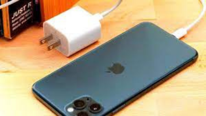 Apple To Be Fined With $2 Million In Brazil For Not Providing The Charger With The iPhone 12