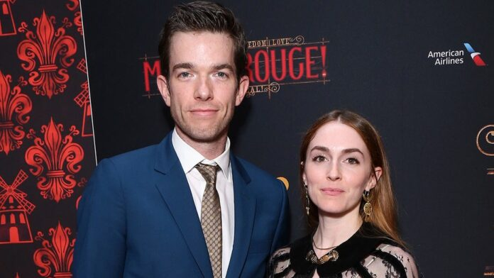 john-mulaney-divorces-his-wife-and-returns-back-to-the-stage